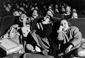 wayne-miller-children-at-the-cinema-1958